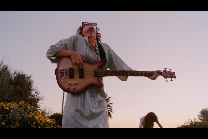 Benny Sings -