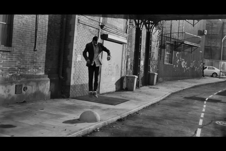 Dan Betteridge - AirPods - Apple