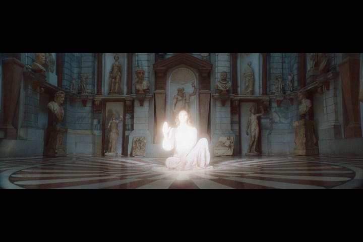 Fenice - Momoni SS21 - Ginko Film - Momoni