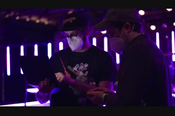 Jonas Brothers Virtual Performance - Lenovo's Yoga 9 Laptop - Lenovo & Intel