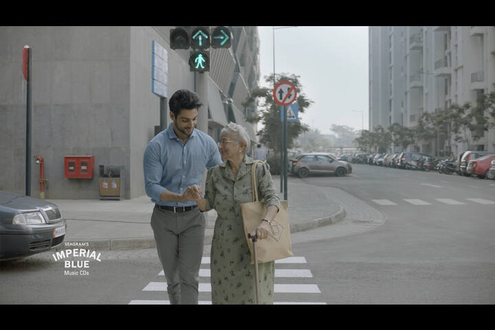 Road Crossing - Pernod Ricard India Pvt Ltd - Imperial Blue Whiskey