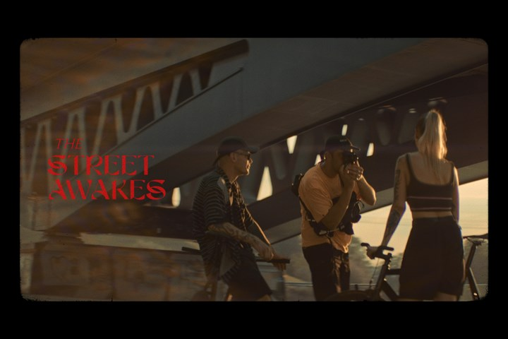 The Street Awakes - Bengala Films -
